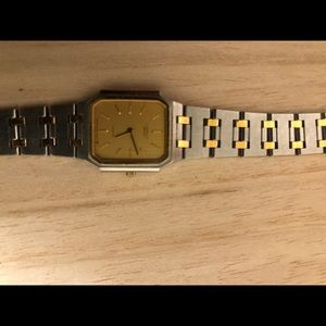 Vintage ( over 40 years ) Seiko watch .